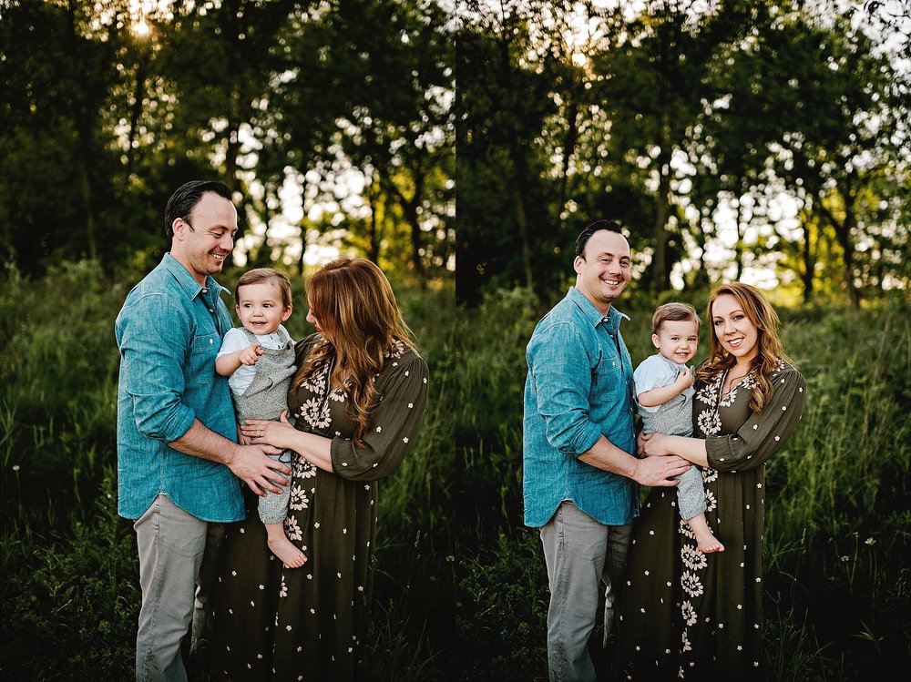 lauren-grayson-photography-cleveland-ohio-photographer-summer-outdoor-fields-family-child-baby-photo-session_0521.jpg