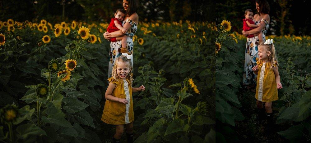lauren-grayson-photography-cleveland-ohio-photographer-sunflower-fields-sunset-golden-hour-photo-shoot-mommy-and-me-family-child-photographer_0564.jpg