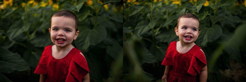 lauren-grayson-photography-cleveland-ohio-photographer-sunflower-fields-sunset-golden-hour-photo-shoot-mommy-and-me-family-child-photographer_0583.jpg
