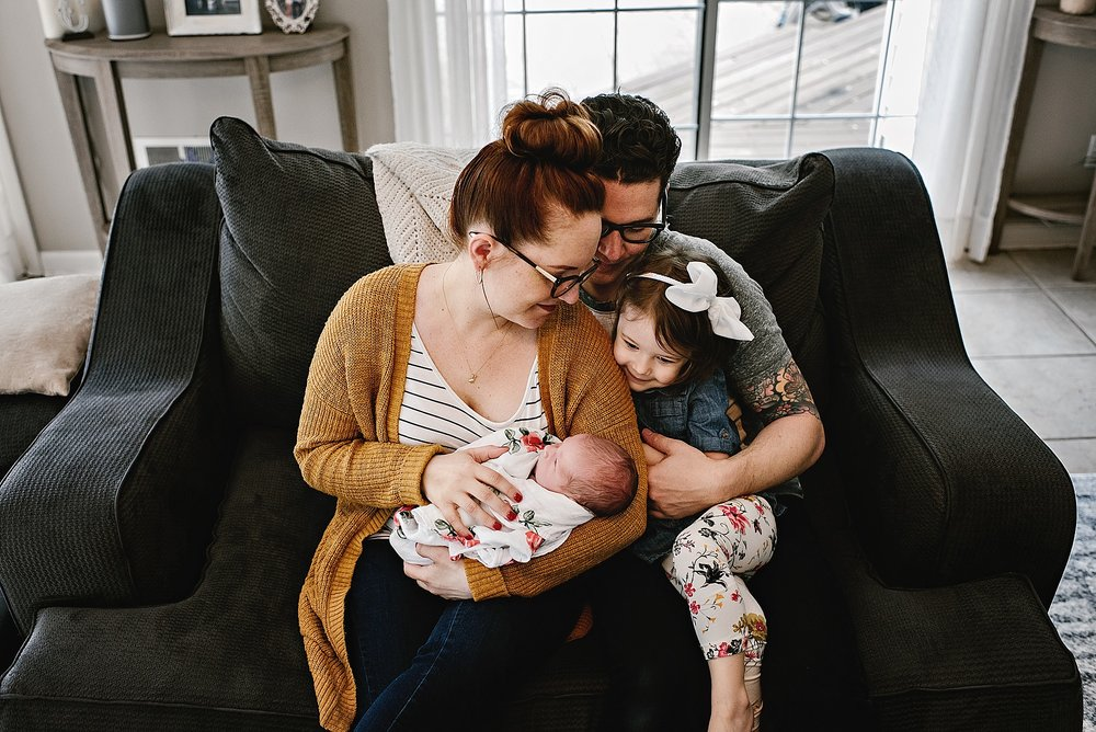 lauren-grayson-photography-cleveland-ohio-photographer-newborn-session-in-home-lifestyle-josephine_0597.jpg
