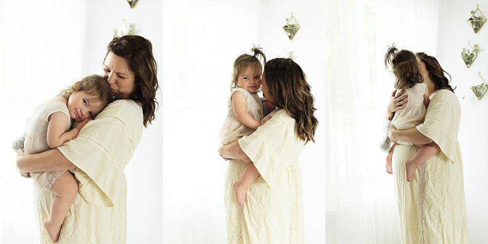 lauren-grayson-photography-cleveland-ohio-photographer-momm-and-me-studio-photo-shoot_0657.jpg
