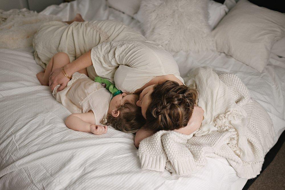 lauren-grayson-photography-cleveland-ohio-photographer-momm-and-me-studio-photo-shoot_0674.jpg