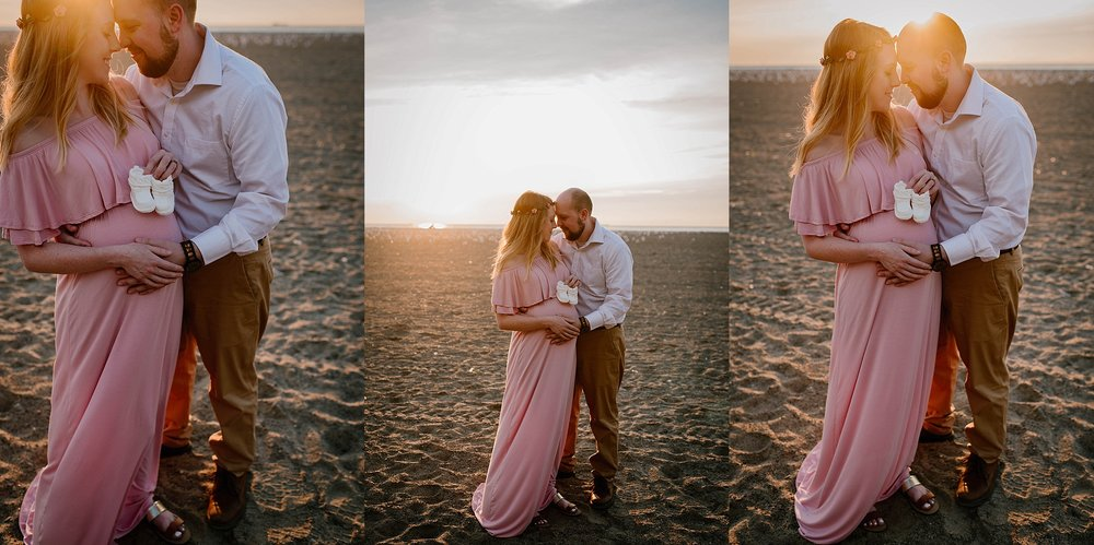 lauren-grayson-photography-cleveland-ohio-photographer-mentor-headlands-beach-maternity-session-2018_0744.jpg