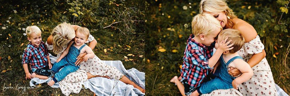 lauren-grayson-photography-cleveland-ohio-photographer-mentor-headlands-beach-maternity-session-2018_0780.jpg