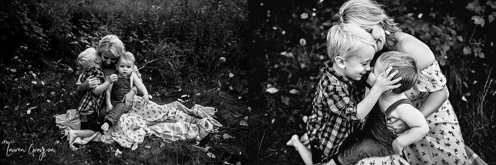 lauren-grayson-photography-cleveland-ohio-photographer-mentor-headlands-beach-maternity-session-2018_0782.jpg