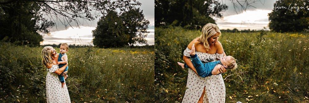 lauren-grayson-photography-cleveland-ohio-photographer-mentor-headlands-beach-maternity-session-2018_0785.jpg