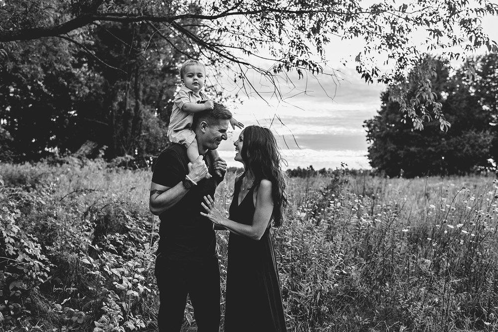 lauren-grayson-photography-cleveland-ohio-photographer-AKRON-family-photos-springfield-bog-cullin-first-birthday_0822.jpg