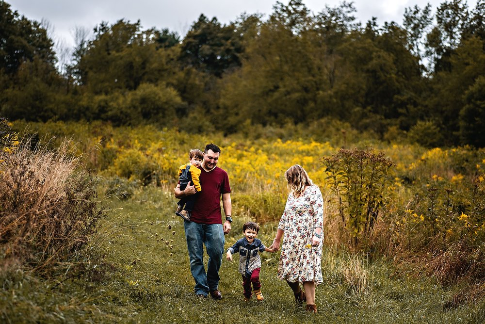lauren-grayson-photography-cleveland-ohio-photographer-AKRON-family-photos-springfield-bog-cullin-first-birthday_0881.jpg