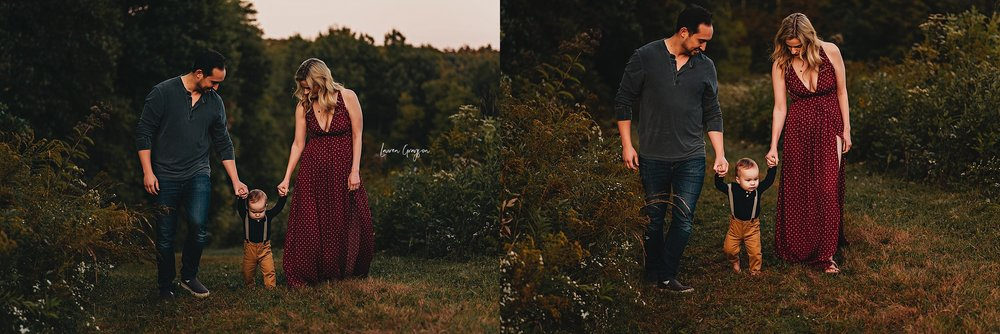 lauren-grayson-photography-ohio-photographer-AKRON-family-photos-langenmyr-fields-sunset-fall-session_0959.jpg