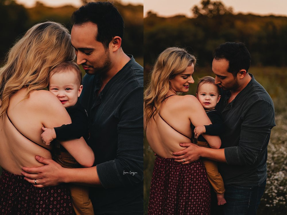 lauren-grayson-photography-ohio-photographer-AKRON-family-photos-langenmyr-fields-sunset-fall-session_0953.jpg