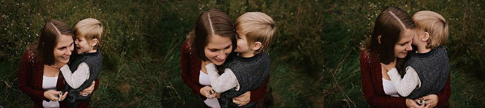lauren-grayson-photography-akron-ohio-maternity-session-fall-family-photos-outdoors-dawson_0013.jpg