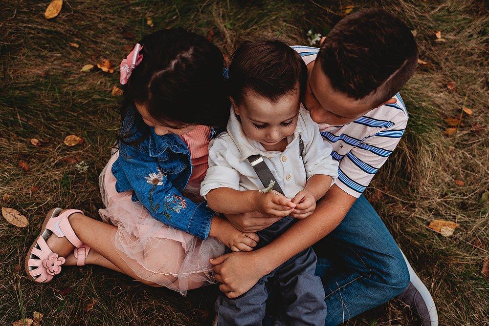 lauren-grayson-photography-akron-ohio-best-family-photos-2018-cleveland_0005.jpg