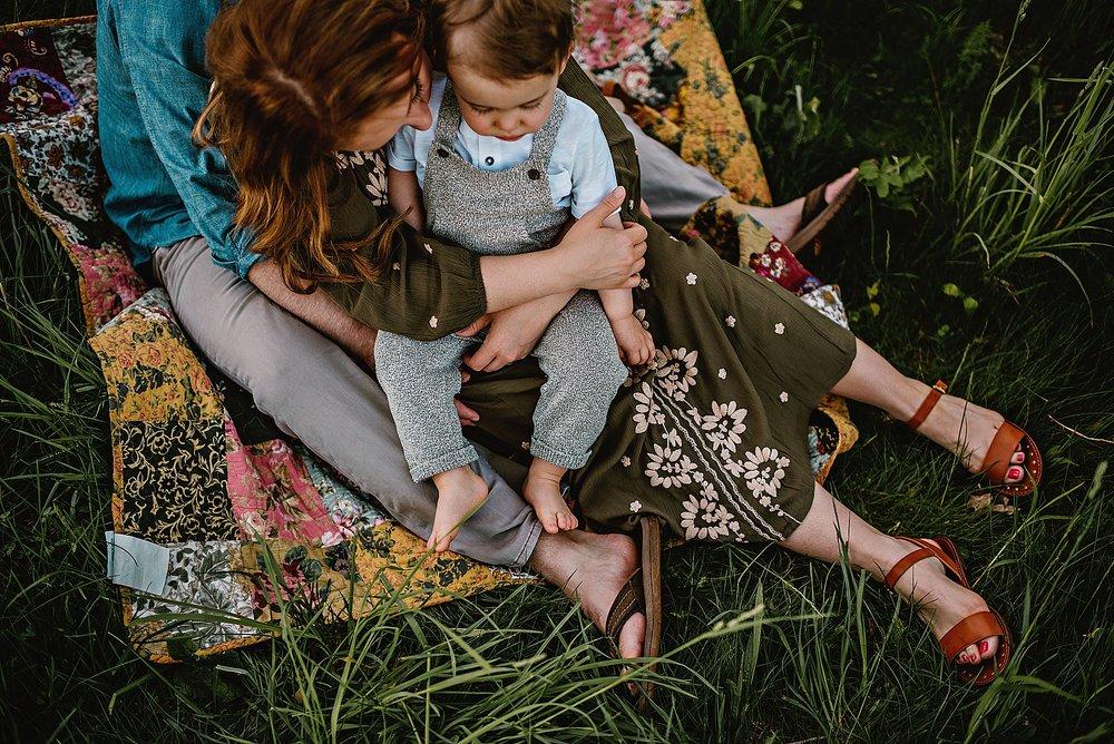 lauren-grayson-photography-akron-ohio-best-family-photos-2018-cleveland_0002.jpg