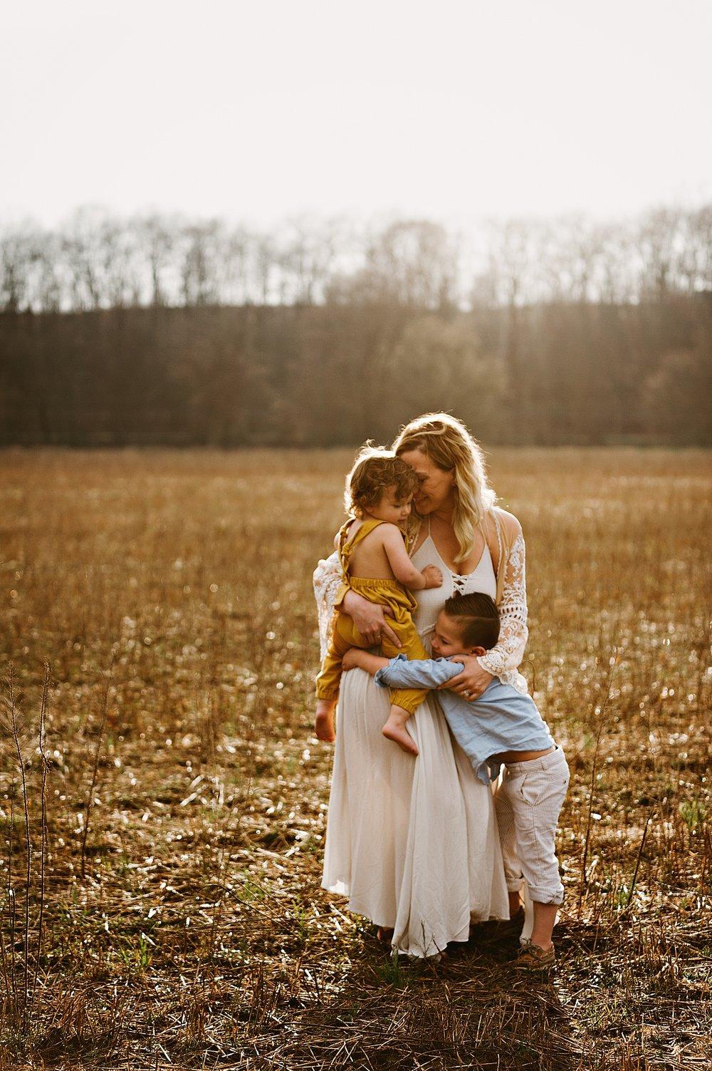lauren-grayson-photography-akron-ohio-best-family-photos-2018-cleveland_0001.jpg