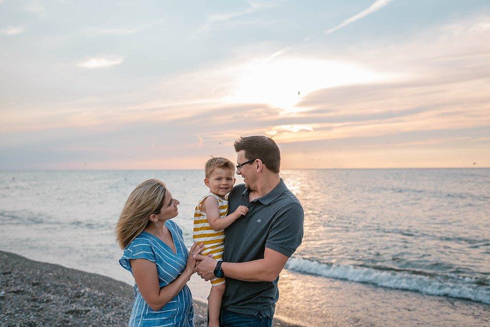 lauren-grayson-photography-akron-ohio-best-family-photos-2018-cleveland_0016.jpg