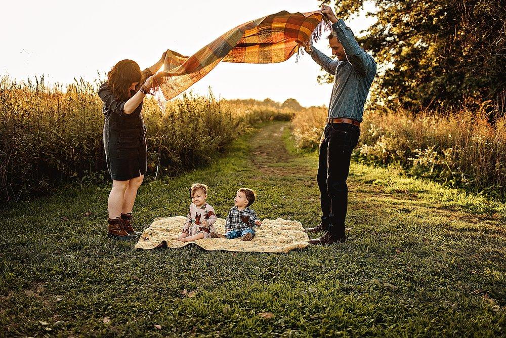 lauren-grayson-photography-akron-ohio-best-family-photos-2018-cleveland_0014.jpg