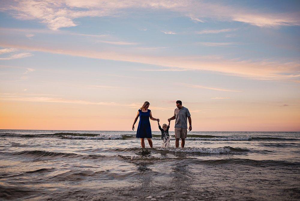 lauren-grayson-photography-akron-ohio-best-family-photos-2018-cleveland_0011.jpg