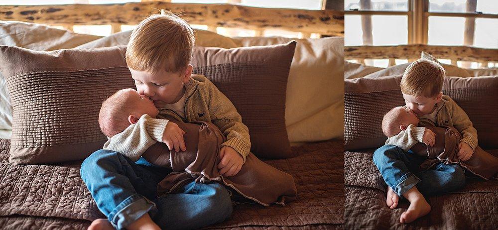 lauren-grayson-photography-cleveland-ohio-newborn-family-photographer-bekham-in-home-lifestyle_0003.jpg