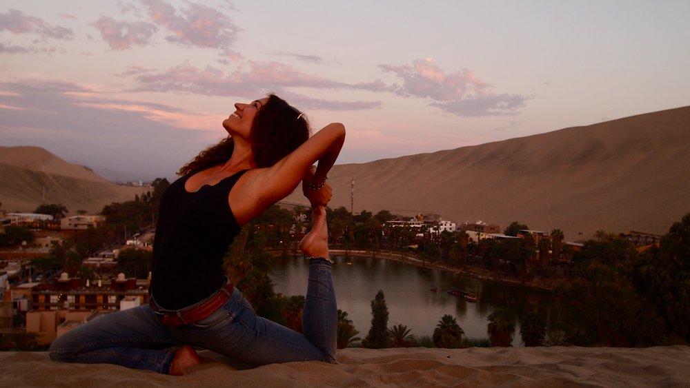 Desert Yoga (Huacahina, Peru)