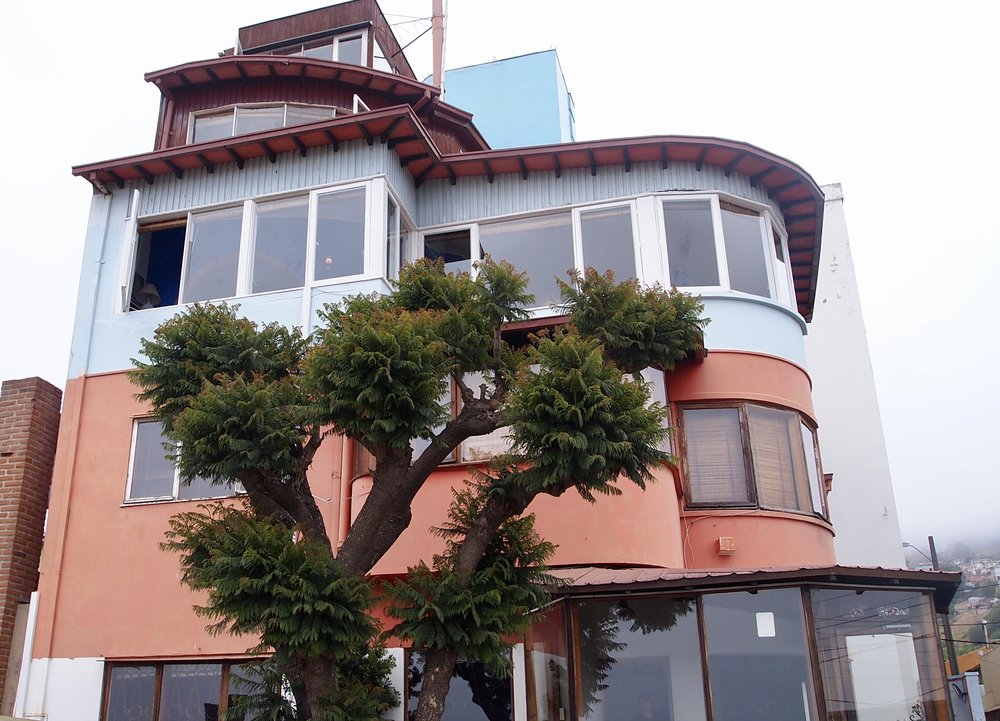 La Sebastiana, one of three homes of the late Chilean poet Pablo Neruda ( Valparaiso, Chile )