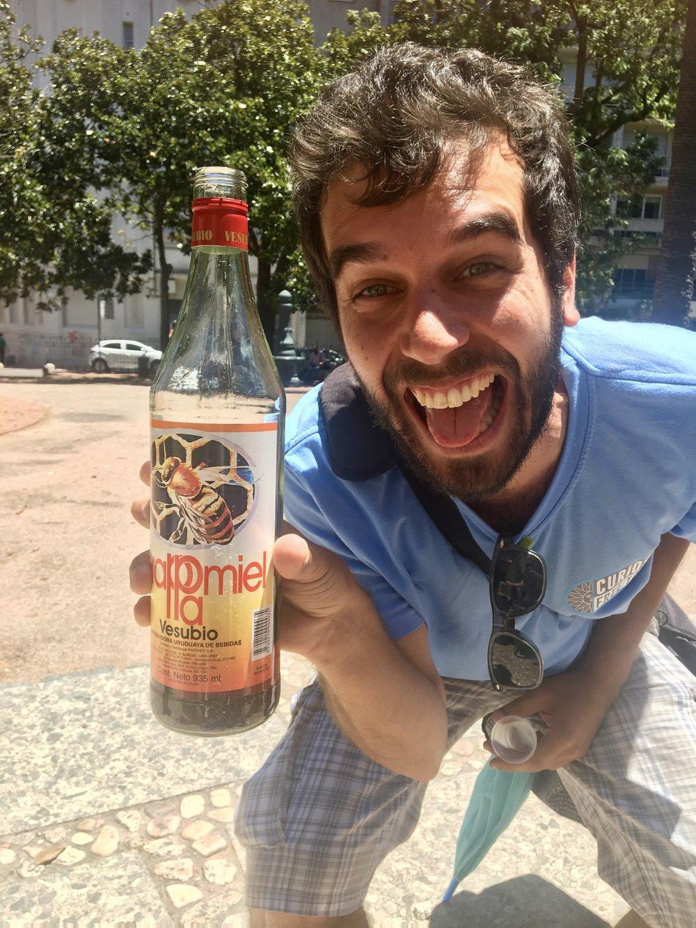 Salud! Grappamiel, Uruguays alcoholic honey drink ( Montevideo, Uruguay )