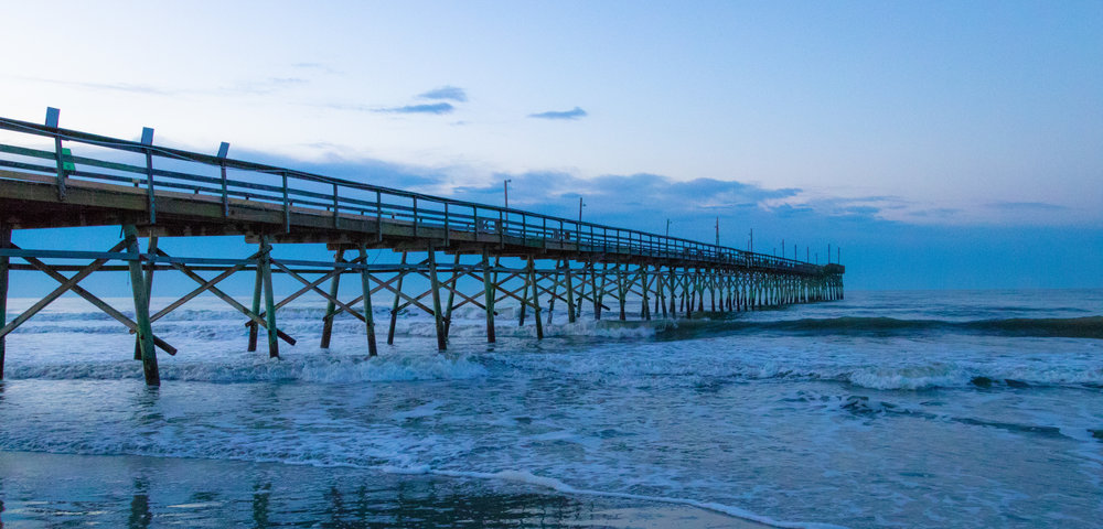 travel-dock-pier-sunrise-photography-photographer-carolina-beach-rogeryouncephotography-ocean-morning-water-youtube-vlog-vlogging-southport-island-roger-younce-blogger-blog-blogging