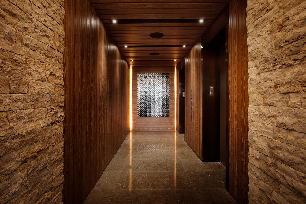 Lobby-Entry-Bay-B.jpg
