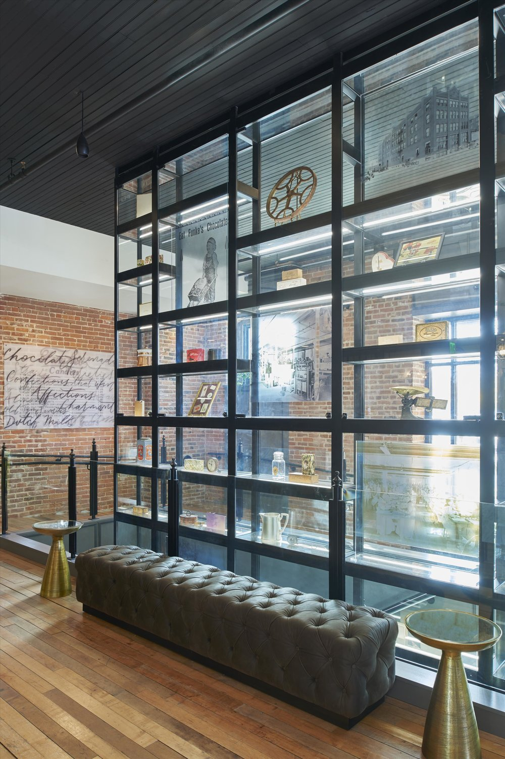 CHARMANT HOTEL - Curated by Indiewalls