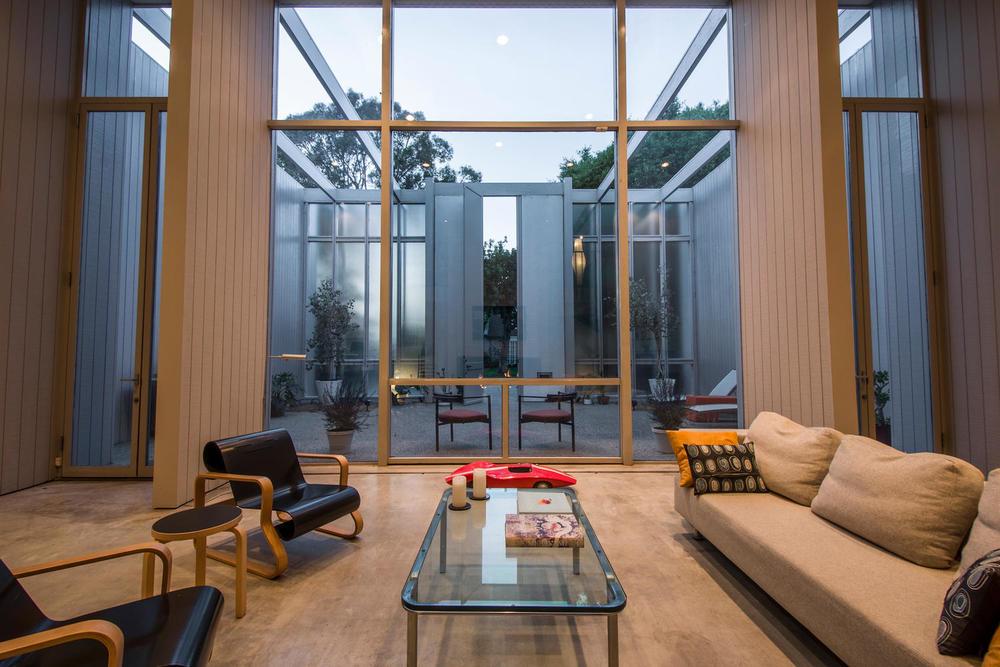4204 Cedar Ave Long Beach CA-large-008-8-Living Room-1500x1000-72dpi.jpg