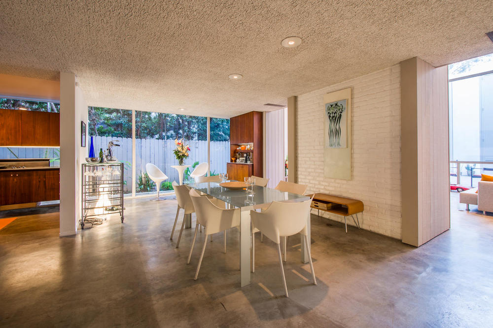 4204 Cedar Ave Long Beach CA-large-010-10-Dining Room-1500x1000-72dpi.jpg