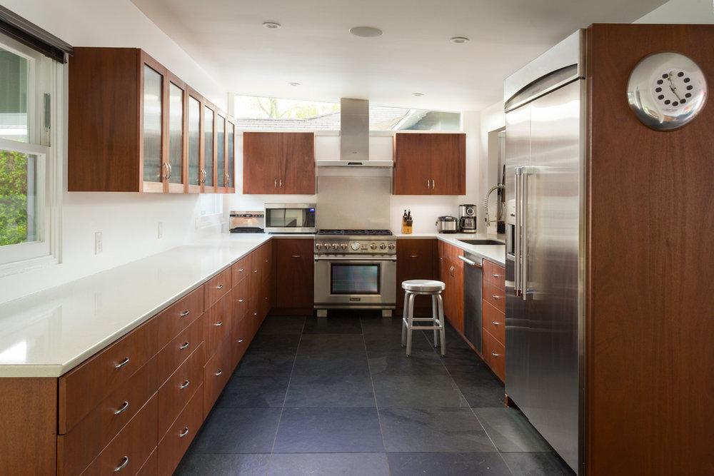 kitchen 1_full.jpg