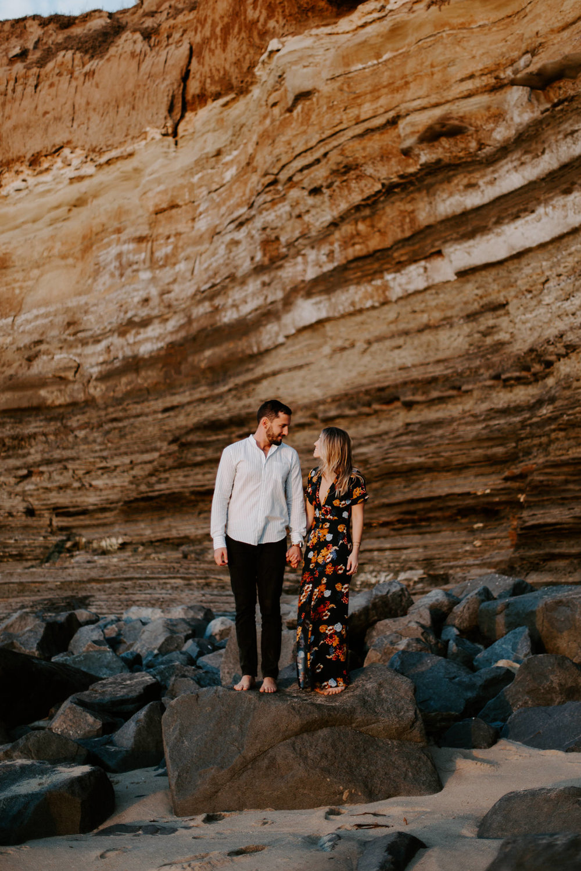 San Diego engagement photography at Sunset Cliffs024.jpg