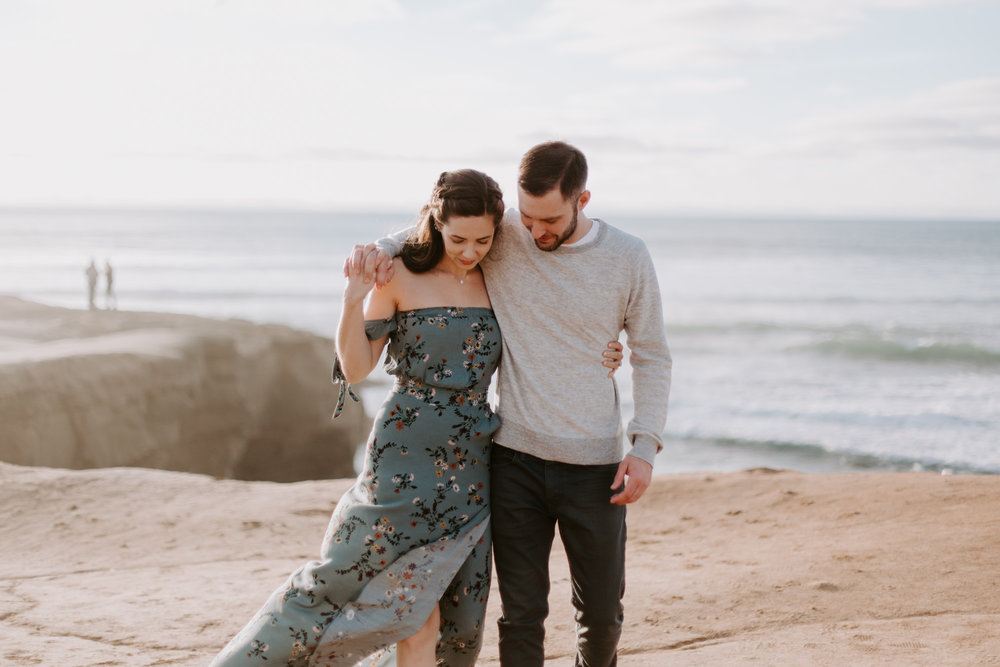 San Diego Engagement photography at Sunset Cliffs003.jpg