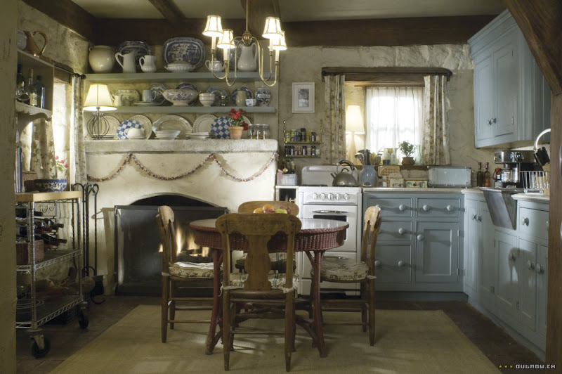The_Holiday_Iris's_cottage_Nancy_Meyers_interior_kitchen_movie_house_Louise_Dockery_Paper_and_Moon.jpg