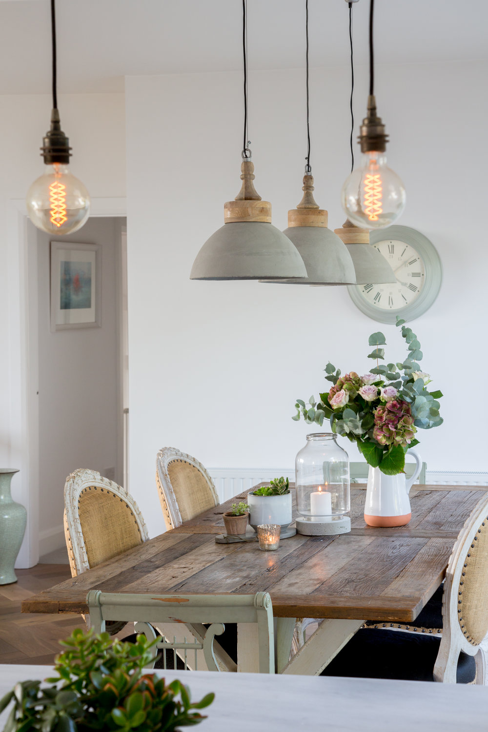 Lamb_Design_Paper_and_Moon_Emma_Lynch_Louise_Dockery_Scandi_French_Danish_homeware_Irish_business_interior_designer_dining_room_burlap_chairs.jpg