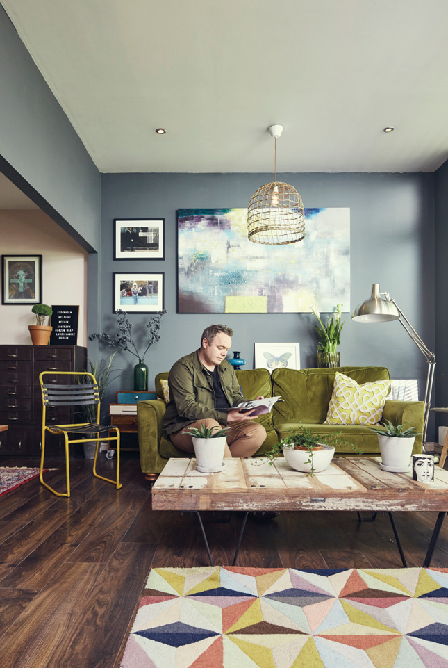 House_and_Home_home_tour_magazine_interiors_design_Paper_and_Moon_Louise_Dockery_Dublin.jpg