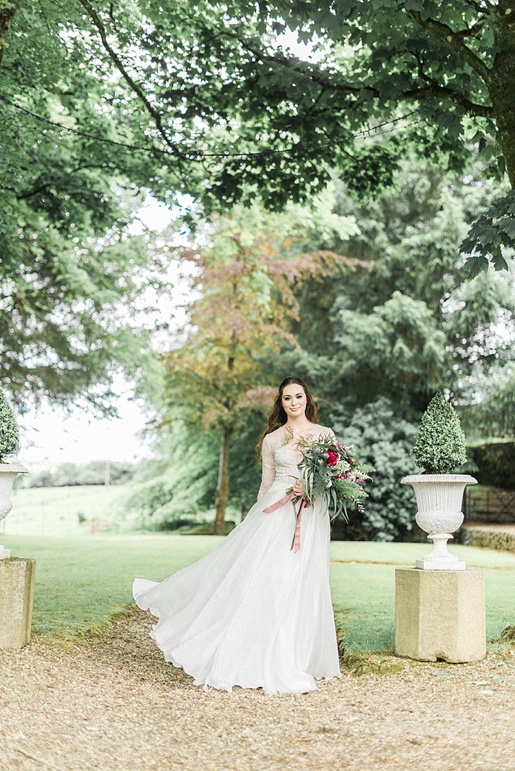 Clonwilliam_House_Wicklow_Ireland_Irish_wedding_venue_Niall_Scully_Johnny_Corcoran_photography_Louise_Dockery_Paper_and_Moon_boho_bride.jpg