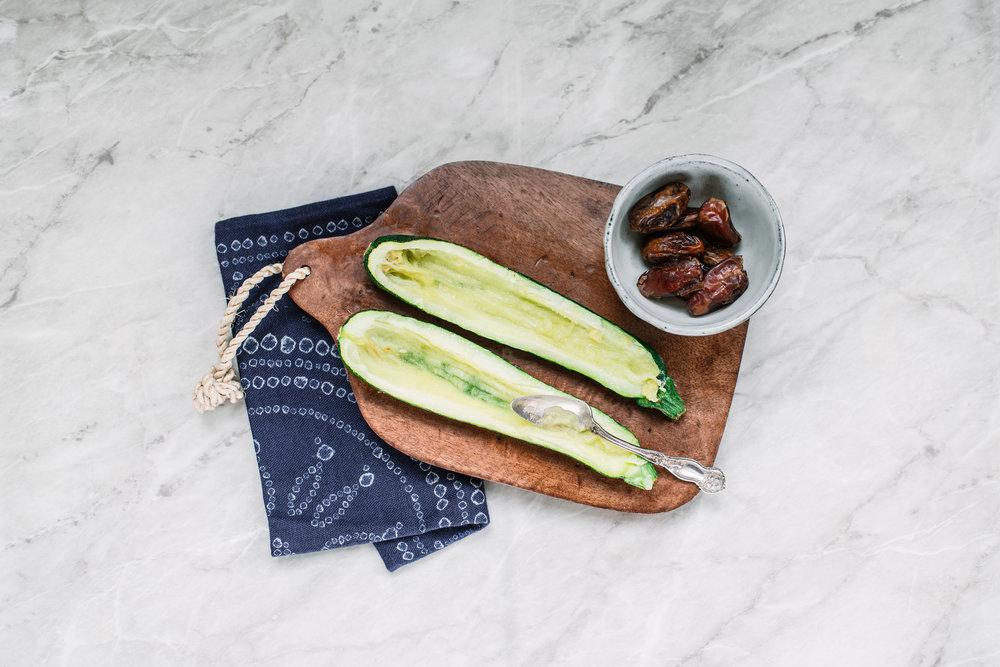 Paper_and_Moon_date_quinoa_stuffed_courgette_vegan_recipe.jpg