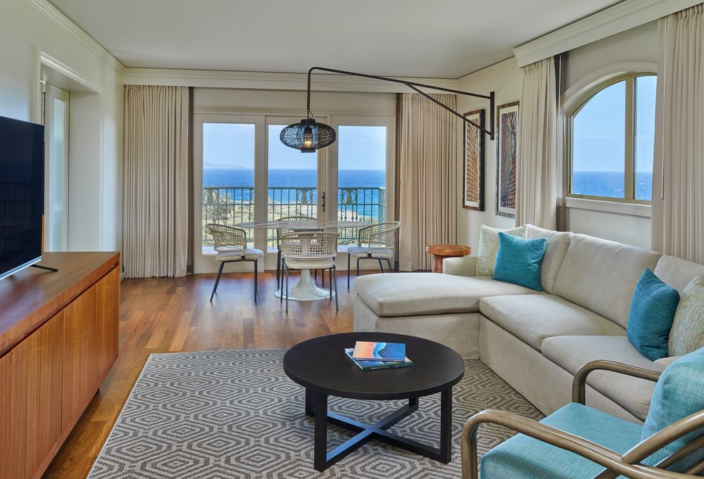 One Bedroom Ocean Front Suite - Full Ocean View from guest room, 1,200 Sq Feet, 1 King Bed & 2 Bathrooms. Offers a full size sofa bed and the option to place a twin size roll-away bed into the suite complimentary - $599(SOLD OUT)