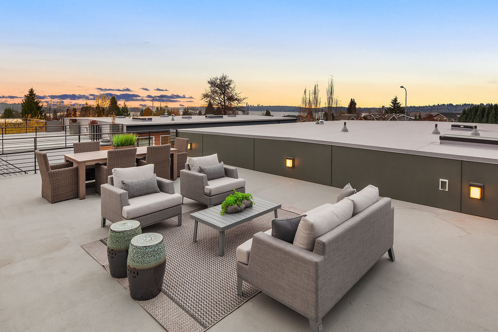 Large Rooftop Deck