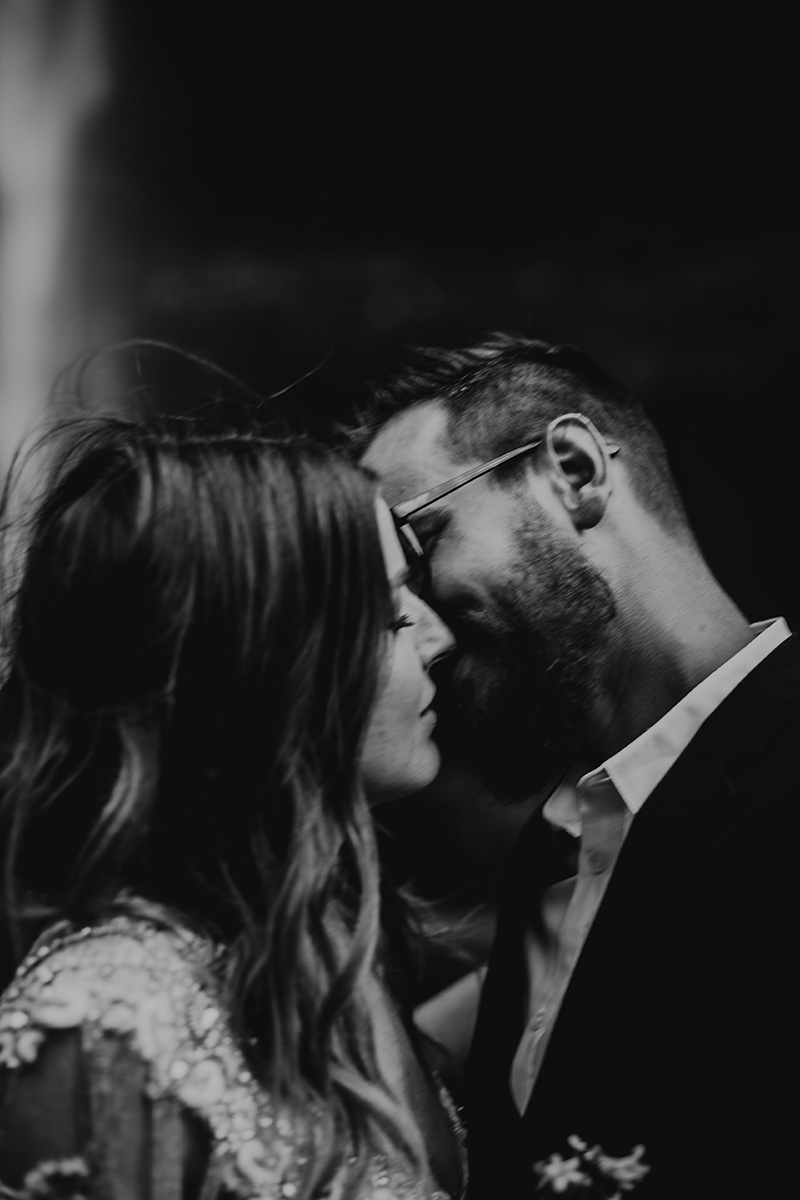 Rainy Columbia River Gorge Wedding Emily Magers Photography-55.jpg