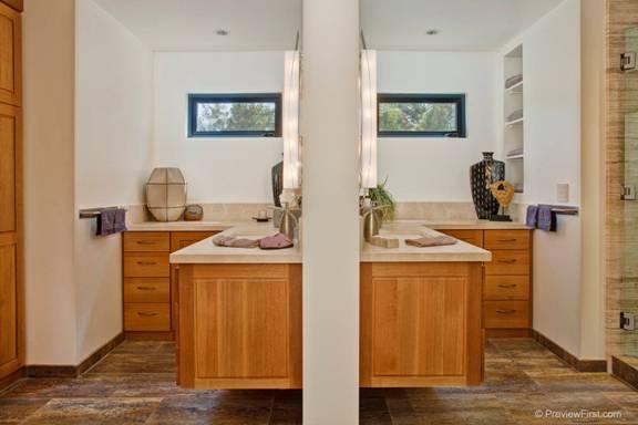 Hertzberg+Bathroom+4.jpg