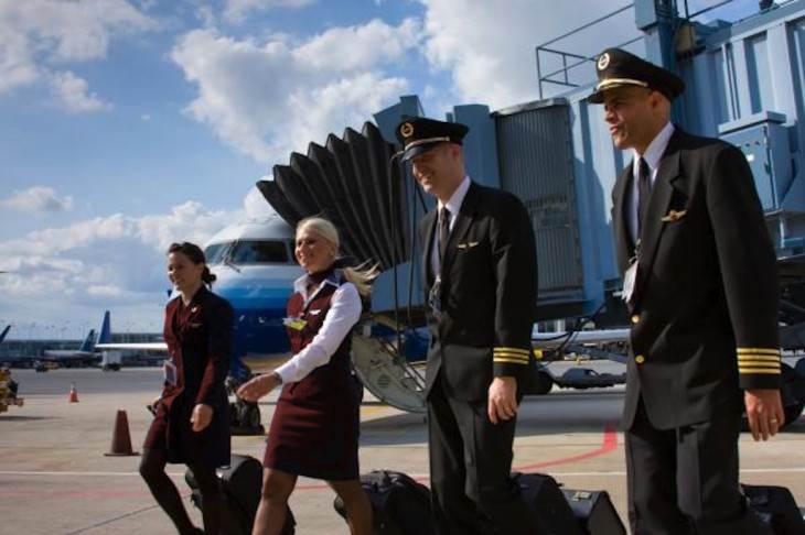 Flight-Attendant-Uniforms_SkyWest-Airlines-02.jpg