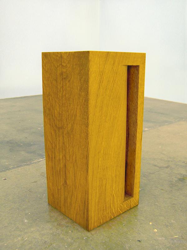 Void iii - 40 cm x 15cm x 15cm - oak