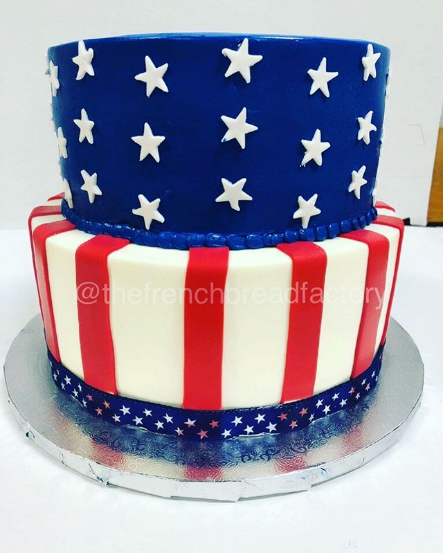 Proud to be an American! #customcakes #thefrenchbreadfactory #usa #flag #america #love #pride #dceats #dcfoodie #cake #red #white #blue #sweets #dmv #vacatering #dcevents #stars #fondantcake #pastrychef
