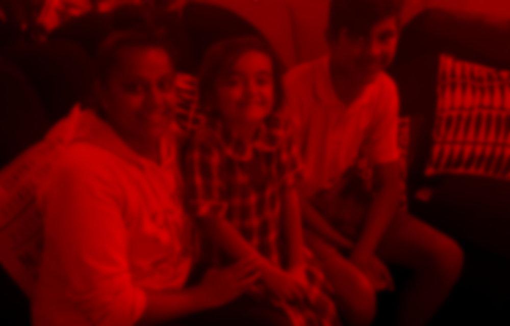 RO_family_blur.jpg