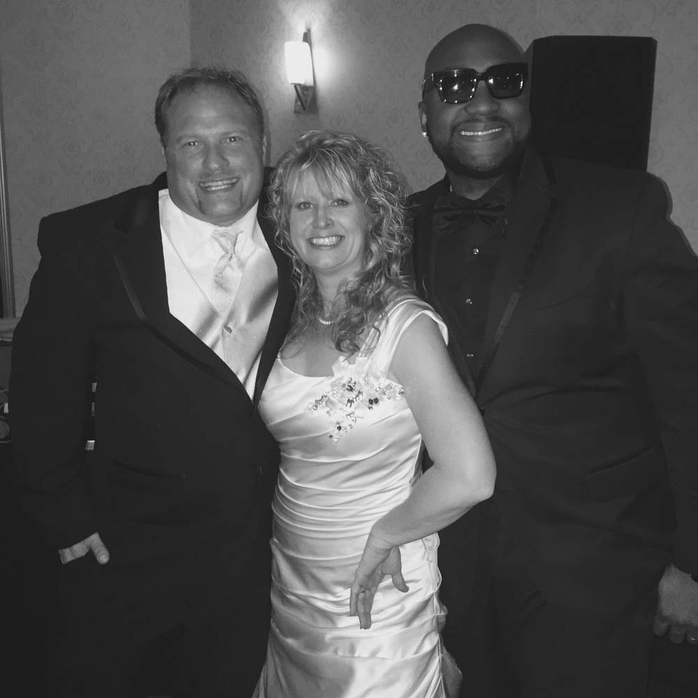 DJ D JONES CHICAGO BEST WEDDING BRIDE GROOM 023.JPG