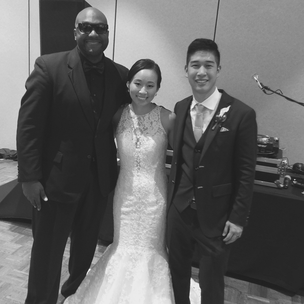 DJ D JONES CHICAGO WEDDING DJ Tu Hseuh.jpg