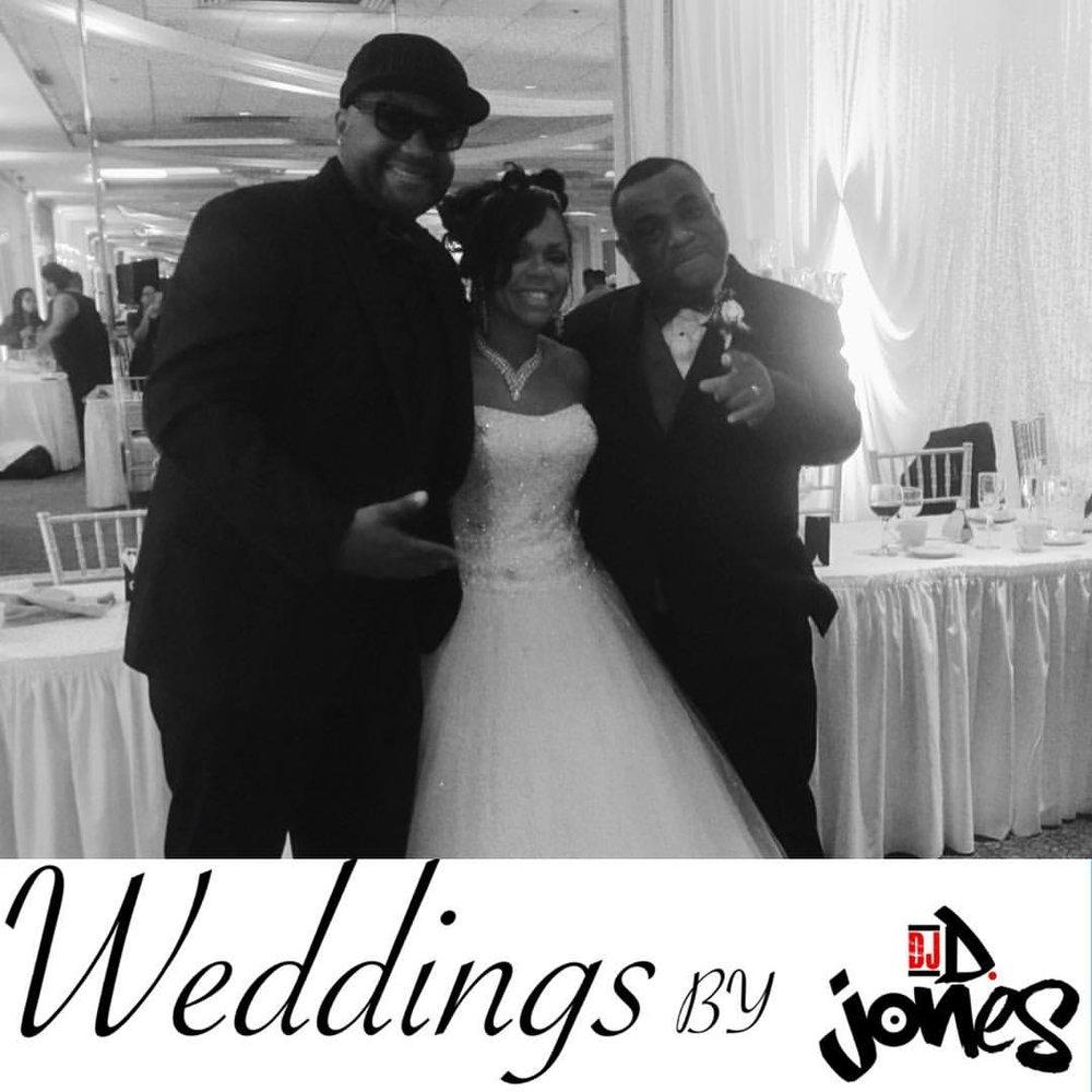 DJ D JONES CHICAGO TOP 10 WEDDING.jpg