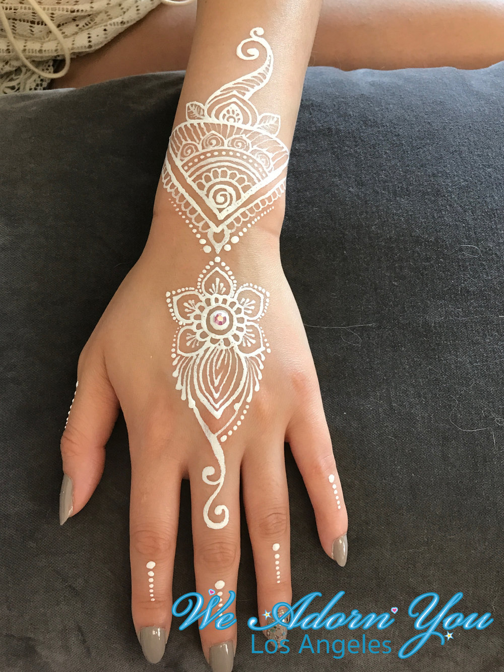 We Adorn You Los Angeles Color Henna White Flower 7.jpg